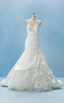 Wedding Dresses & Gowns | Disney's Fairy Tale Weddings & Honeymoons