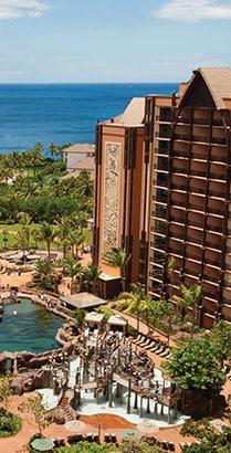 The pool area and ocean at Aulani, A Disney Resort & Spa in Ko Olina, Hawaiʻi