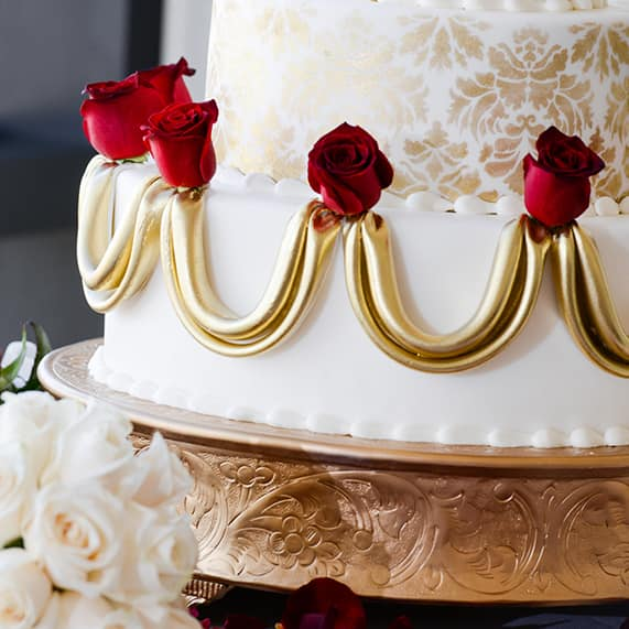 dream meaning of eating wedding cake wedding cake wednesday and the beast roses 13735