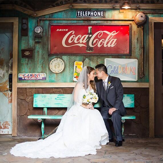 Aulani Weddings: Aulani Wedding Spotlight: Ashlyn & Brandon