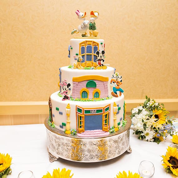 Disney Wedding Cakes Gallery | Disney\'s Fairy Tale WeddingsDisney ...