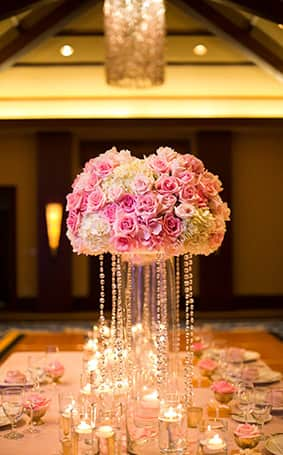 weddings decorations ideas aulani wedding spotlight melanie and bryan disney weddings 1227