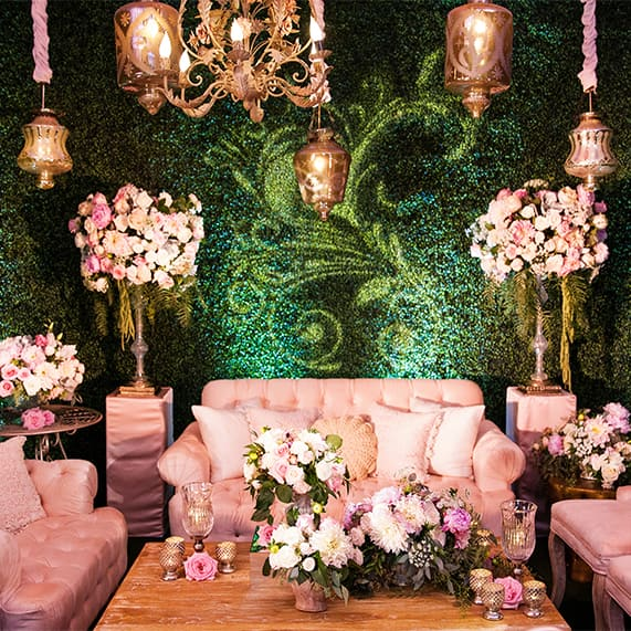 Decor: Alice In Wonderland Whimsical Cocktail Lounge