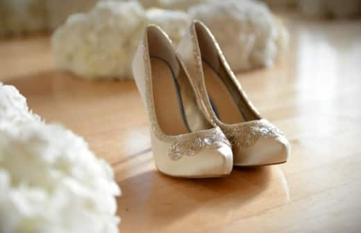 Introducing The Glass Slipper Collection by DSW | Disney Weddings