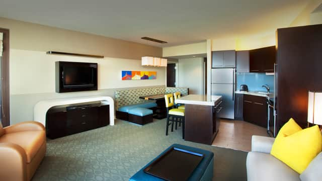 Rooms Amp Points Bay Lake Tower At Disney S Contemporary Resort Disney Vacation Club