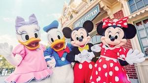 Special Offers | Ticket & Hotel | Hong Kong Disneyland