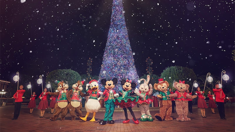 a disney christmas hong kong disneyland