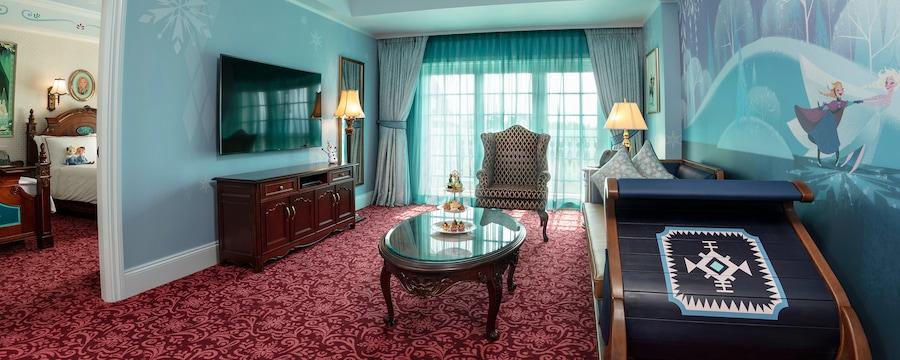 Hong Kong Disneyland Hotel Kingdom Club Frozen Suites
