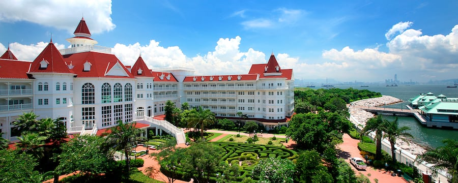 hong kong disneyland hotel hong kong disneyland resort